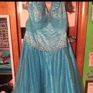 ☀️ SUMMER SALE ☀️ Aqua Prom dress